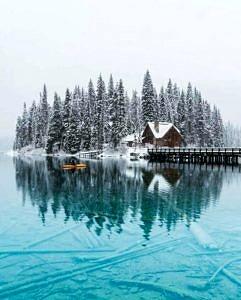 Szmaragdowe Jezioro w Kanadzie
