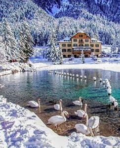 Jezioro Dobbiaco Trentino Alto Adige Włochy